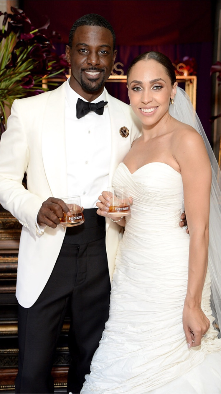 from Erik lance gross dating kelly rowland