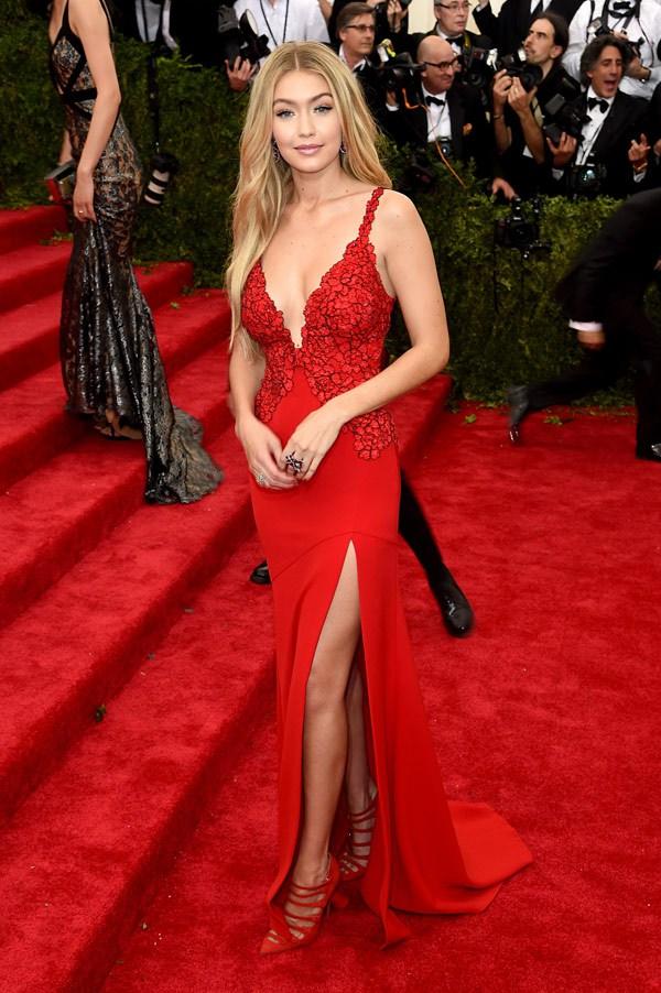 Times Gigi Hadid SLAYED The Red Carpet!